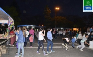 Paseo Ferial en Plaza Urquiza
