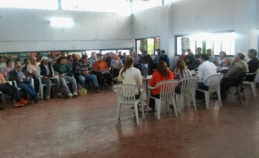 El Municipio participo de distintas reuniones vinculadas al sector Horticola y Apicola