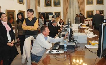 Elecciones legislativas: A las 23 se conocerían datos oficiales en Entre Ríos