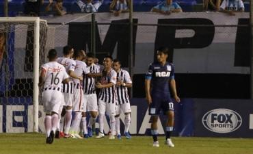 Racing jugó mal y cayó en Paraguay por la ida de los cuartos de la Sudamericana