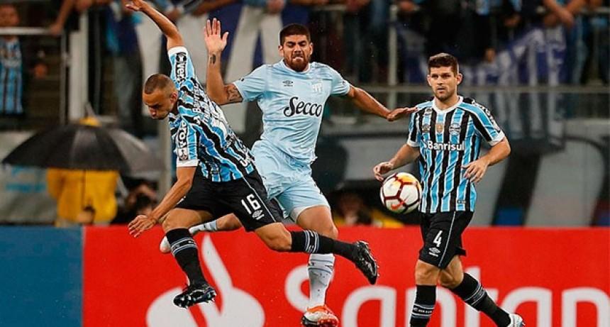 Gremio le puso fin a la ilusión de Atlético Tucumán y será rival de River en semifinales