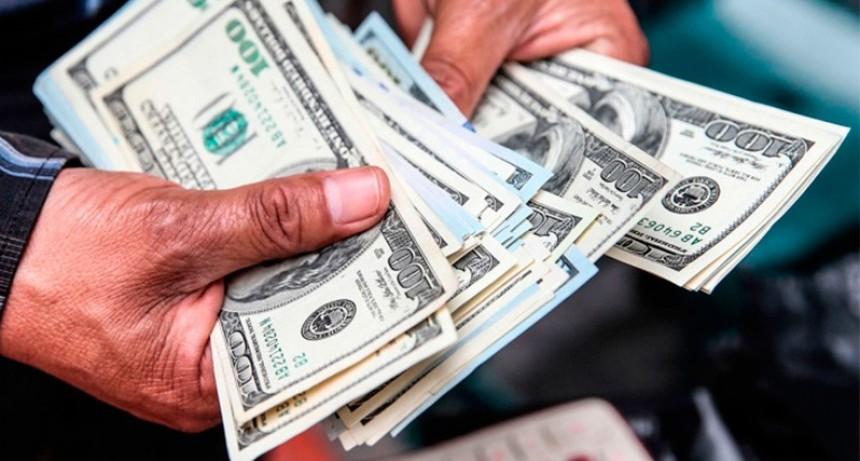 Bajar el dólar 7% en una semana costó $ 7.500 millones por la súper tasa