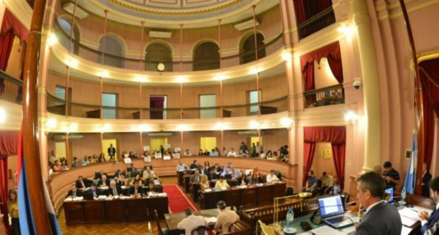 Diputados sancionó la ley que regula a los cuidadores domiciliarios