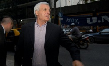 La CGT oficialista analiza pedir un bono de fin de año y no pagar Ganancias con el aguinaldo