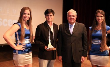 Premios Escenarios 2015 - Diario Uno de Entre Ríos