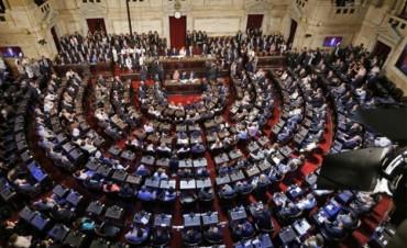 Diputados rechazaron debatir el aumento de 47 % en sus dietas: Vea cómo votaron