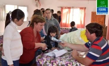 El Municipio entrega semillas a beneficiarios del Programa Pro - Huerta