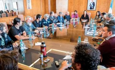 El Gobierno, cerca de acordar con movimientos sociales: Detalles de la oferta
