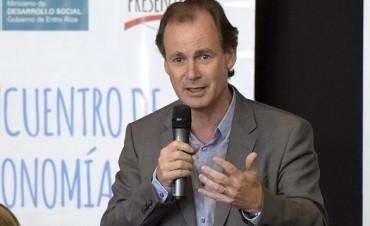Bordet dijo que reabrirá paritarias en 2017 y habló del aguinaldo