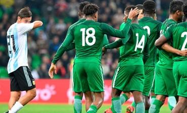 Nigeria lo dio vuelta y goleó a la Argentina en su último amistoso del año