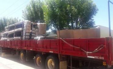 Nuevas entregas de mobiliarios para Escuelas del Departamento