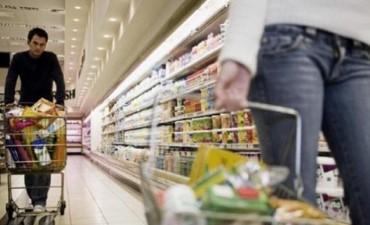 Cae consumo masivo de productos básicos y muestra la pérdida de poder adquisitivo
