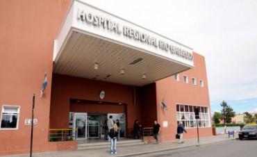 Cristina Fernández se esguinzó y salió en sillas de ruedas del Hospital Regional de Río Gallegos