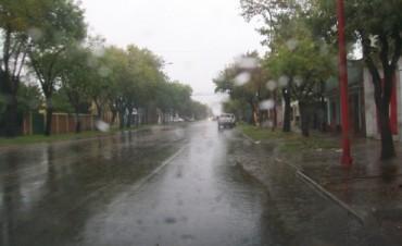 Abundante caída de agua de lluvia en el Departamento Federal