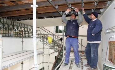 El gobierno hará reparaciones en 251 escuelas durante el receso