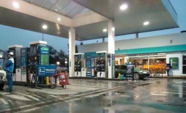 Estacioneros se oponen a una nueva suba en el precio de los combustibles