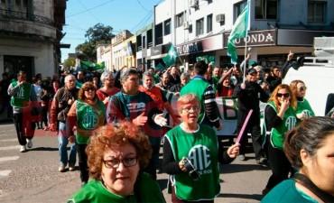 Estatales entrerrianos se movilizarán este miércoles a Casa de Gobierno