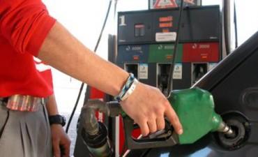 Entre el 10 y 15 de enero habrá un aumento del 8% en las naftas