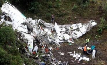 Oficial: El avión de Chapecoense que se estrelló tenía combustible limitado