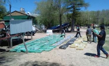 Transportaban siete toneladas de marihuana a bordo de un barco en el río Paraná