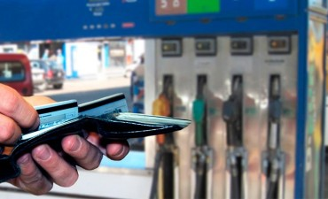Estaciones de servicio seguirán recibiendo tarjetas de crédito hasta enero