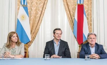 Provincia entregó aportes a juntas de gobierno. En el Dpto.Federal para Nueva Vizcaya y El Cimarrón