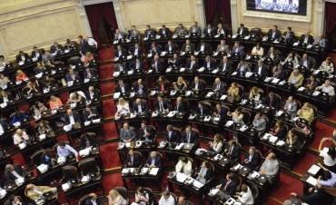Pese a las protestas, Cambiemos y el PJ dialoguista convirtieron en ley la reforma previsional