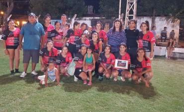 Fútbol femenino en Federal: el equipo de barrio El Silbido se coronó campeón.