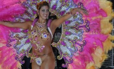 Santa Elena comenzó a vibrar con sus Carnavales 2014