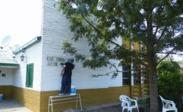 Trabajo de pintura en escuelas de Federal