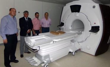 Legisladores provinciales estuvieron en el Centro de Medicina Nuclear y Molecular