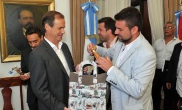 El intendente Chapino se reunió con el gobernador Gustavo Bordet