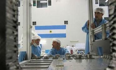 En ARSAT admiten 22 despidos pero son cargos jerárquicos, ningún científico quedo afuera