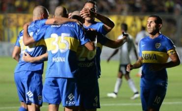 De la mano de Messidoro, un debutante, Boca goleó a Emelec en su primer partido del año