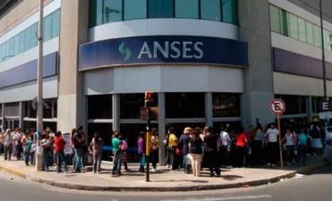 El 10 de enero devuelven Ganancias del medio aguinaldo a jubilados y pensionados