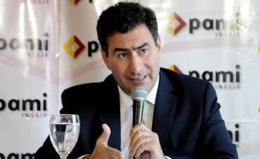 El PAMI recortó subsidios para jubilados y la oposición salió al cruce