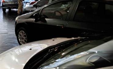 Notificarán a vendedor de vehículo si el comprador no completa la transferencia