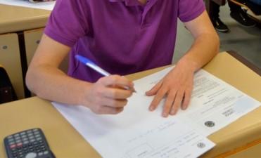 Insisten con modificar regímenes de asistencia y evaluación escolares