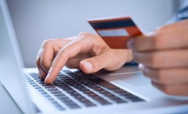 Se podrá comprar por Internet con la tarjeta de débito