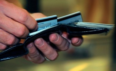 Desde febrero, comercios deberán informar precios de contado y en cuotas