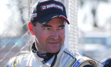 El Gurí Martínez seguirá en el TC y no correrá en el Turismo Nacional