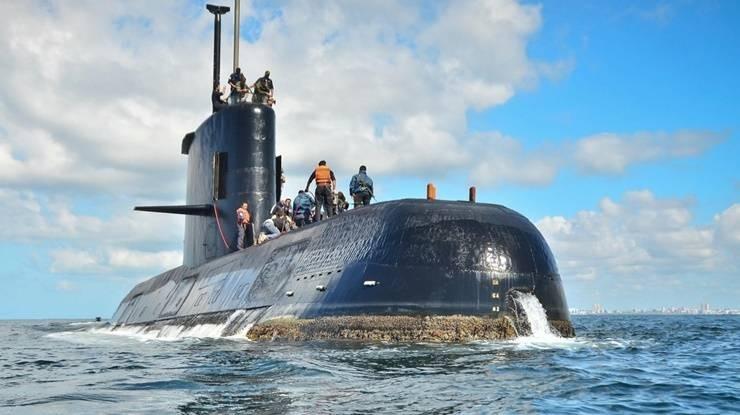 EE.UU. asegura que implosionó y murieron todos los tripulantes
