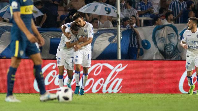 Boca no pudo con Godoy Cruz y perdió en su primer amistoso del año