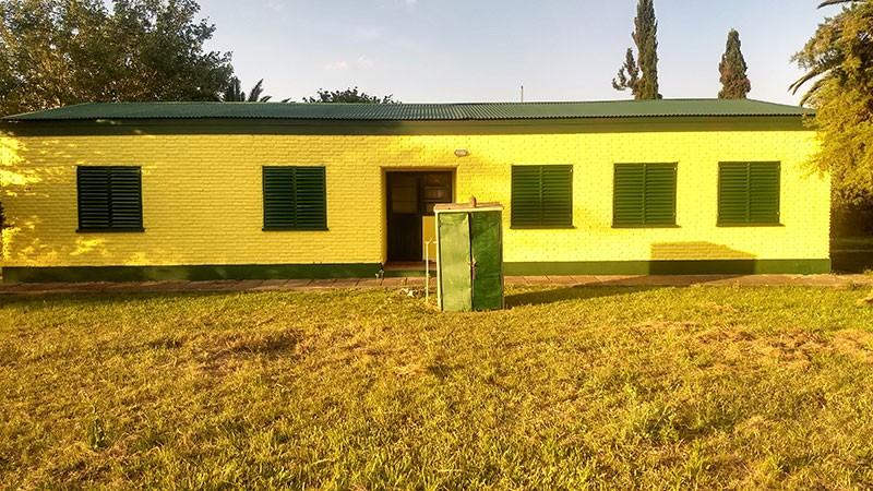 Realizan obras de reparaciones menores en 70 escuelas de la provincia. 4 en Federal