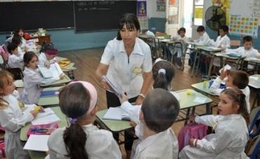 Agmer avizora un conflicto docente si la propuesta salarial se ubica en el 15%