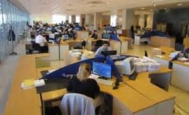 Las provincias piden fondos de Nación para achicar sus plantas de empleados