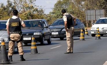 Aclaran que las multas labradas en Brasil deben pagarse en ese país