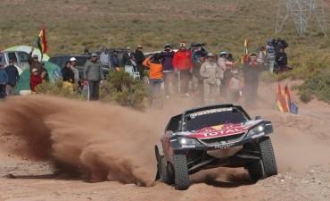 Rally Dakar 2018: Sainz cada vez más líder en autos