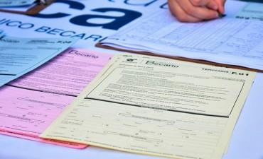 Más de 60.000 estudiantes recibieron becas en el 2017