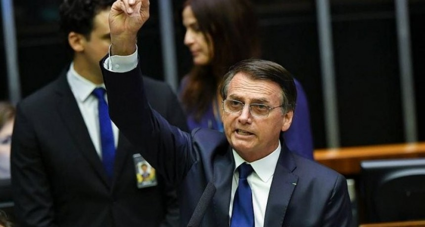 Nueva era en Brasil: asumió el ultraderechista Bolsonaro